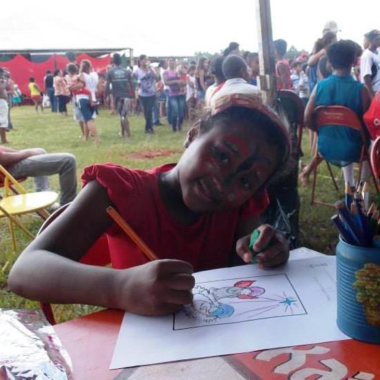 Projeto Comunhão e Vida realizou Natal com as famílias carentes em Iturama
