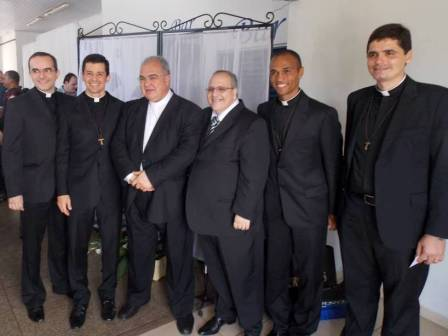 Como é bom ter irmãos sacerdotes!