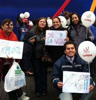 """Manifestação """"Celebre conosco a vida"""" em Concepción, Chile"""