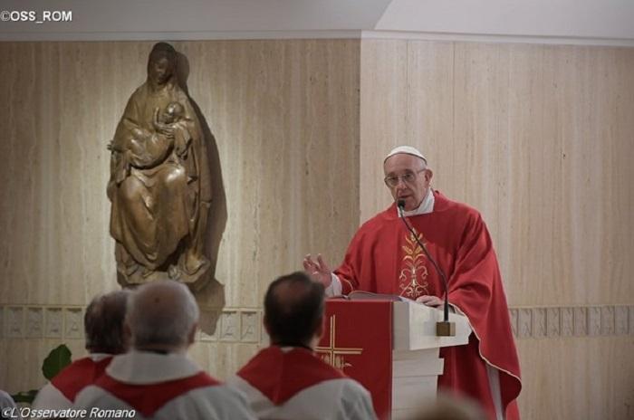 Papa fala sobre ressurreição em Cristo