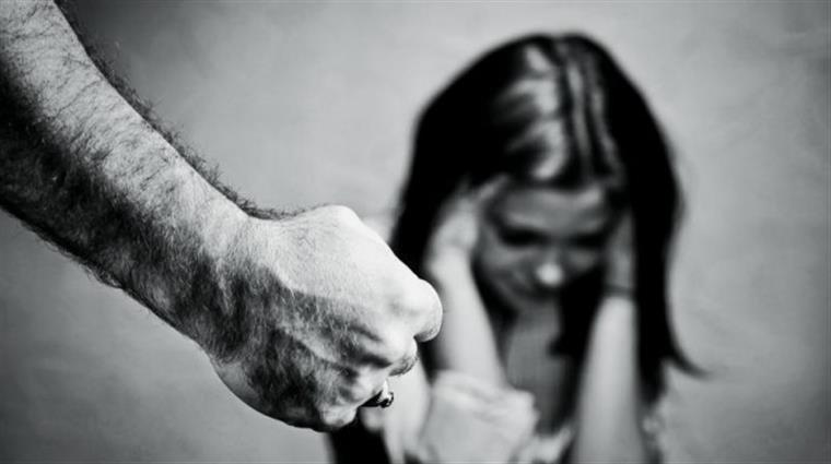 Violência doméstica cresce no país