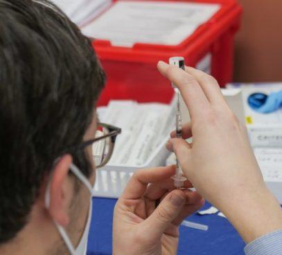 Apelo da Santa Sé e Caritas à Onu: ninguém seja excluído da vacina anti-Covid